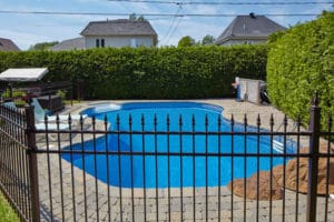 Choosing a contractor for pool fence installation