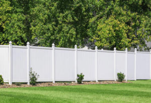 White Vinyl Fence Shorewood WI