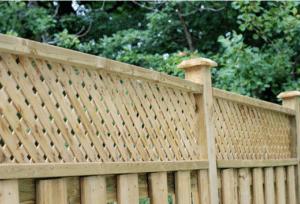Wood Fence With Lattice