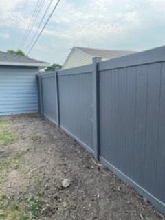 Waukesha Vinyl Fence