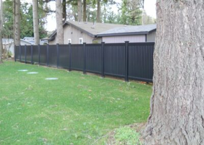 Milwaukee Black Vinyl Fence Installation
